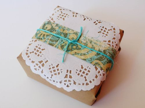 Doiley Gift Wrap